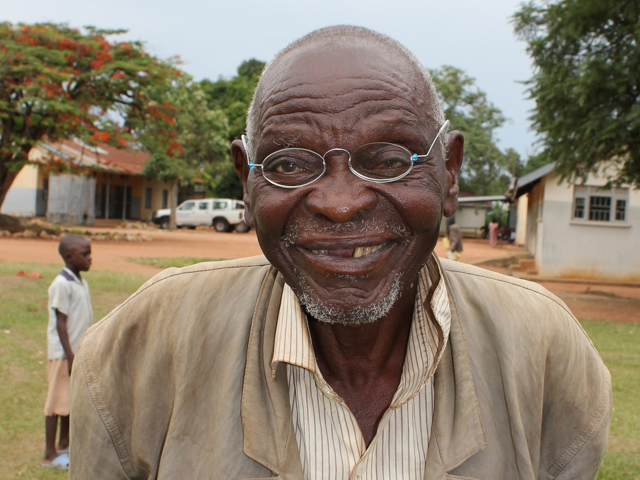 024_OneDollarGlasses_Old_Man_Uganda_2012_copyright_Martin_Aufmuth.JPG